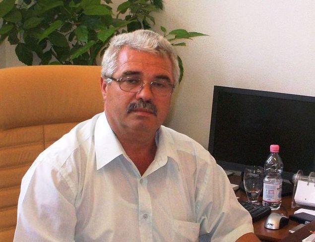 """Universitatea """"Vasile Alecsandri""""din Bacau îl va avea rector, pentru urmatorii patru ani, tot pe Valentin Nedeff"""
