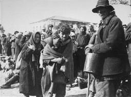 Holocaust in Romania (43)