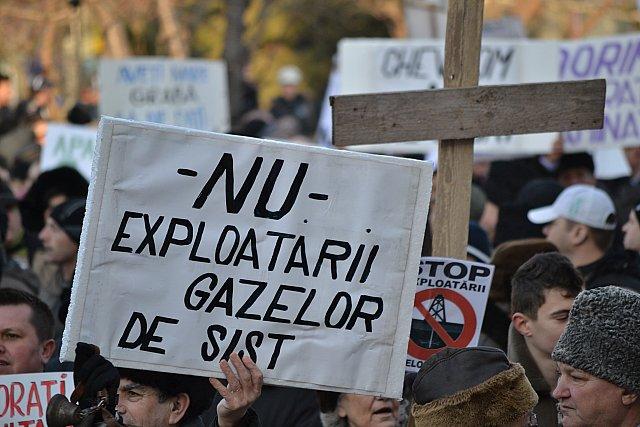 Americanii nu renunţă la gazele de şist Chevron şi Dafora încep forajele la Bârlad