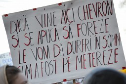 Manifestatie Barlad impotriva exploatarii gazelor de sist (17)
