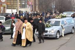 Preotul Iulian Ichim, pedepsit ca a slujit la Dumitru Sechelariu