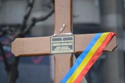 Vasile Botomei i-a dus crucea lui Dumitru Sechelariu (7)_640x427