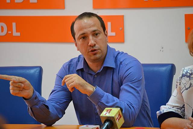Andrei Paraschivescu