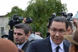 Victor Ponta (2)