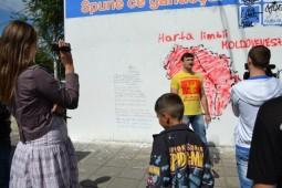Maldavanii fara scoala cred ca exista limba moldoveneasca!