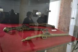 expozitie de arme si munitie (1)