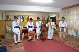 Orchestra populara Bistrita
