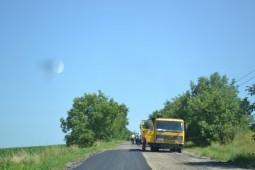 Se modernizeaza drumul din Stanisesti  (5)