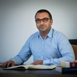 Vlad Secuiu-avocat Bacau