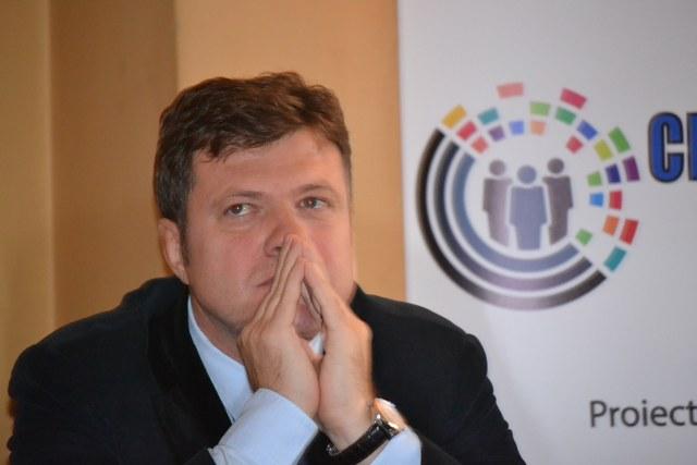 Consiliera platita de parlamentarul Luchian s-a angajat sa verifice si dosarul candidatului Luchian