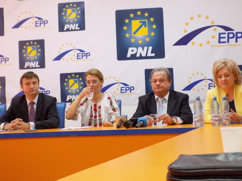 PNL Bacau, Alina Gorghiu, Vasile Blaga