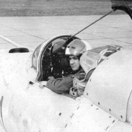 Valentin Vasilescu, pilot MIG 21 Bacau